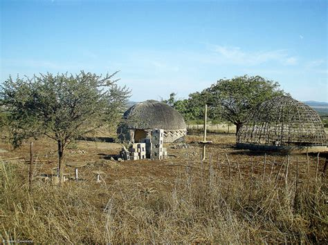 zulu houses pictures