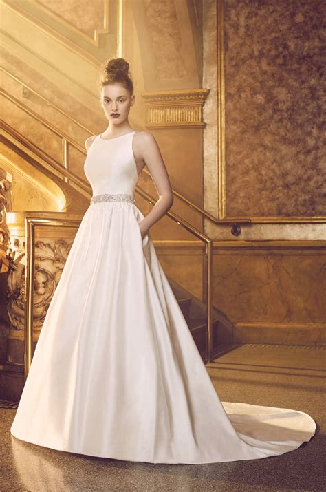 etuikleid hochzeitskleid silk wedding dress style 4719 blanca