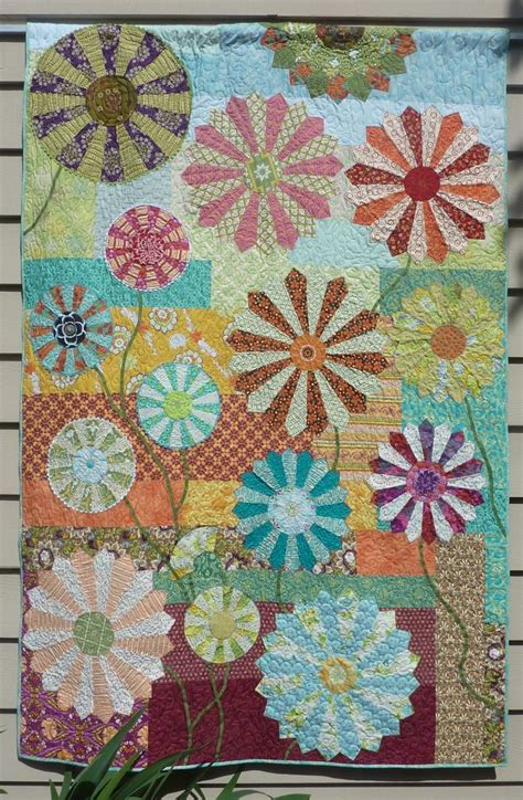 Doughtys Patchwork And Quilting - 17 best images about dresden plate quilts on