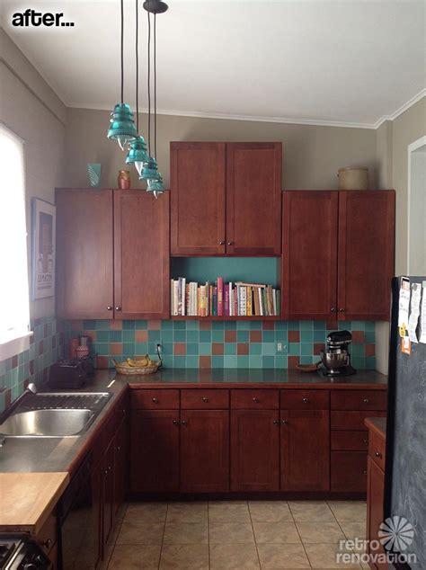 lori paints  tile backsplash   vintage mccoy vase   color inspiration retro