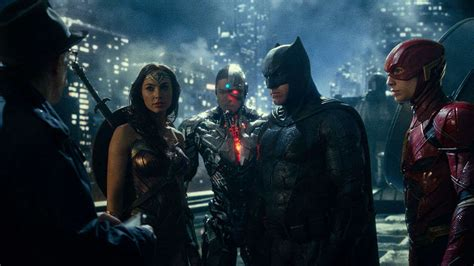 film justice league tentang apa justice league post credits scene introduces major dc