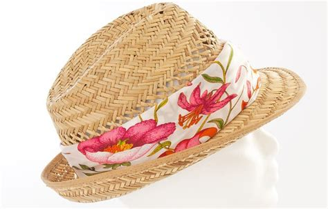 How To Decorate A Hat by How To Decorate A Straw Hat The Decoration Of The Hat With