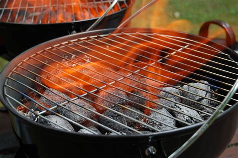 Nice Backyard Summertime Grilling Tips Redwater Restaurant Group
