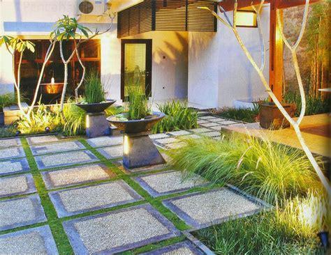 layout taman kecil minimalist house garden design concept inspiring