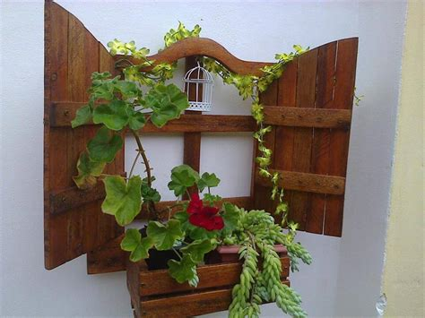 hanging wall planters diy wall hanging pallet planter 99 pallets