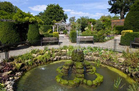 Pop Up Homes brockwell park walled garden london resident magazine