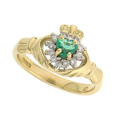 cashel emerald claddagh ring 14kt yellow gold claddagh
