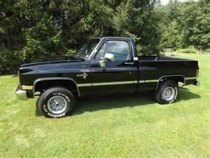 purchase used 1984 black chevy silverado frame