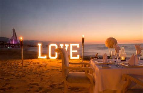imagenes romanticas en la playa cena rom 225 ntica en la playa hotel playa los arcos picture