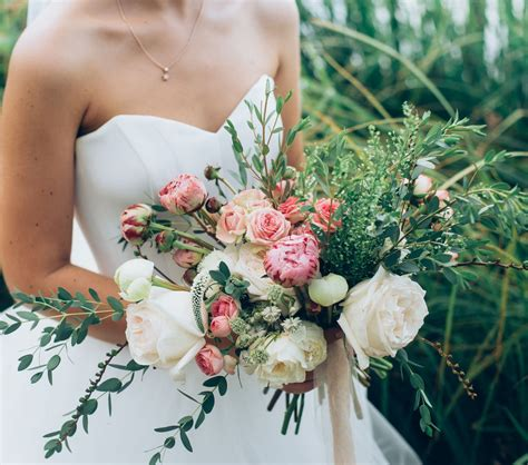 wedding etiquette who pays for what utah and groomers stunning flowers the knot bridal