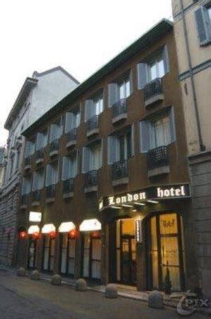 consolato albanese italia hotel prenota subito