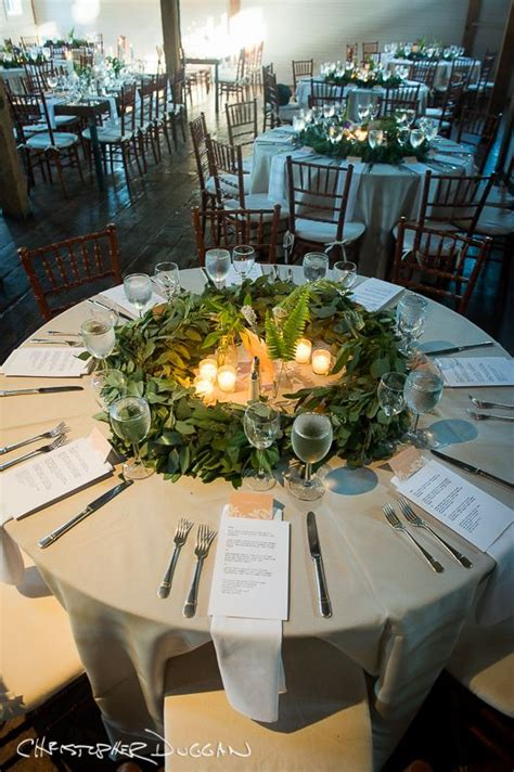round table decorations hannah and jason s gedney farm wedding in the berkshires