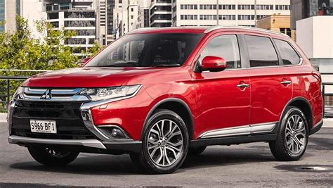mitsubishi outlander 2015 review carsguide