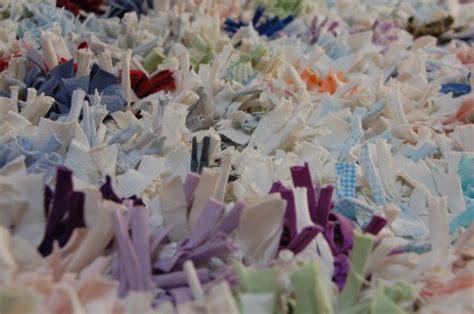 alfombras recicladas camisetas m 225 s de 1000 ideas sobre camisetas recicladas en pinterest