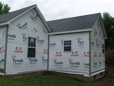 how to put vinyl siding on a house how to install vinyl siding