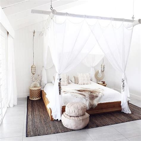 Hanging Bed Canopy 33 Canopy Beds And Canopy Ideas For Your Bedroom Digsdigs