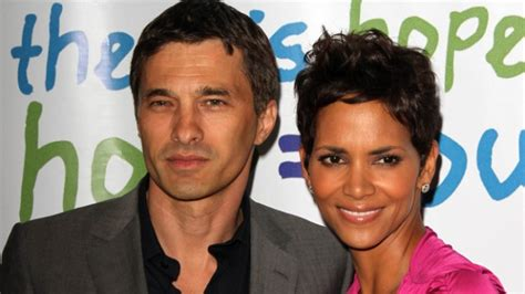 Gives Oliver Martinez A by Halle Berry Gives Birth To Boy