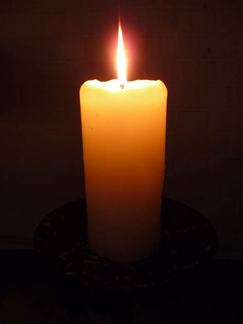 Light A Candle When Someone Dies by Candle Quotes Quotesgram