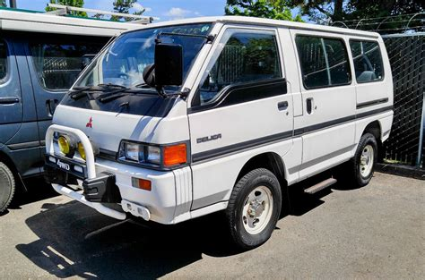 small engine maintenance and repair 1989 mitsubishi l300 seat position control 100 delica l300 service manual 93 u0026 u002794 delicas the tale of my delica passion