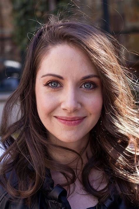 alison brie sleep men of reddit is there a difference between cute girls