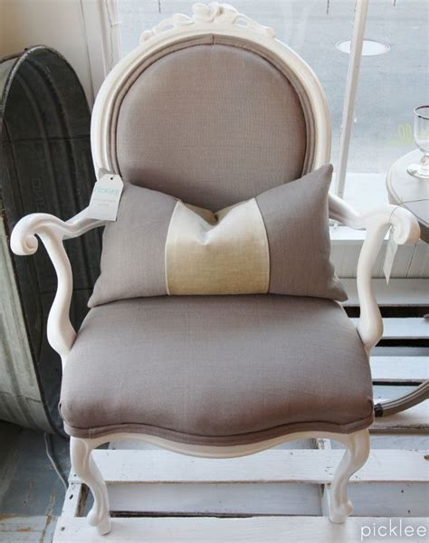Upholstery Tutorial Chair - how to re upholster an antique chair tutorial part 1