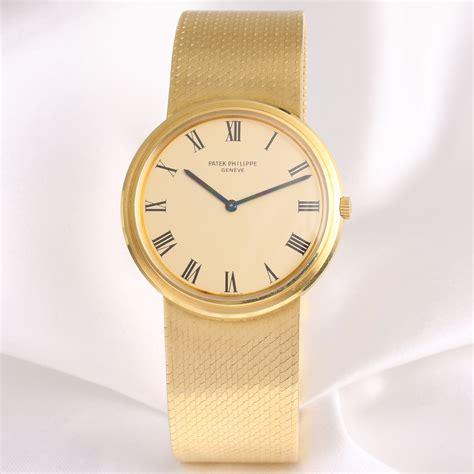 Patek Philippe Calatrava 3591/2 18K Yellow Gold   WatchCollectors.co.uk