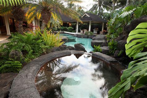 sunrise at obama s house visit hawaii barack obama s hawaiian beachfront vacation getaway