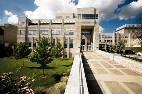 Indiana Kelley Mba Ranking by Hulman Students Can Earn Master S Degree Through New
