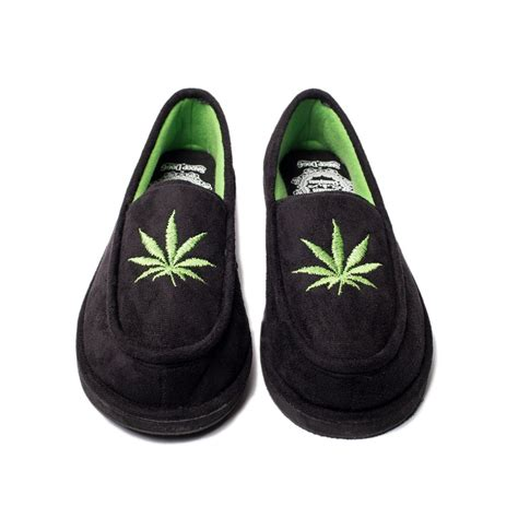 snoop dogg house shoes snoop dogg slippers 28 images snoop dogg house slipper musictoday superstore