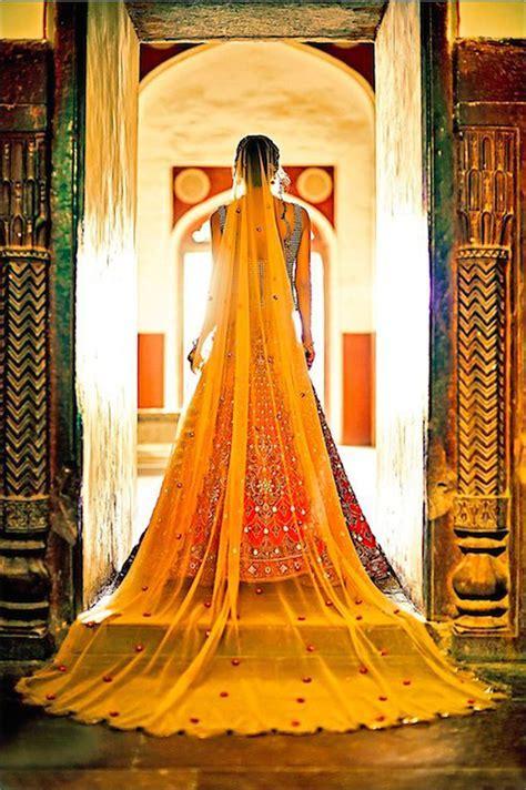 Top 6 Mumbai Shopping Places for the DIY Bride   Blog