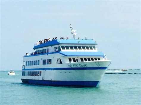 aloha party boat chicago sail away on chicago s top boat tours