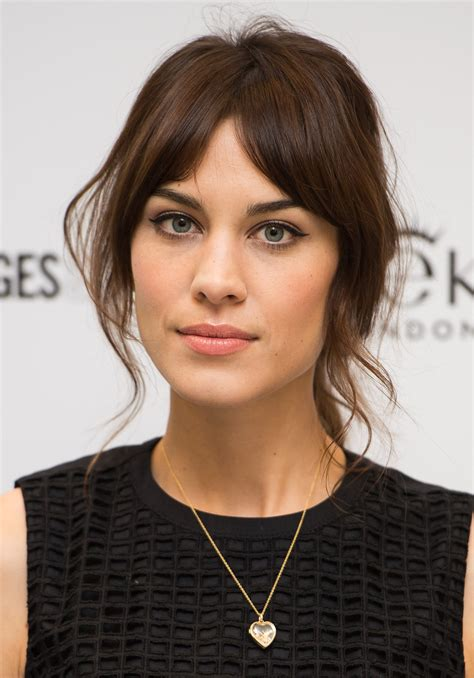 face framing bangs top 20 hairstyles for long faces the most flattering cuts