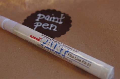 chalkboard paint pen removal 25 best ideas about white paint pen on white