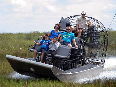 fan boat ride florida florida airboat rides at gator park everglades airboat