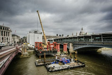 thames river investment eib provides 163 700m funding for thames tideway tunnel