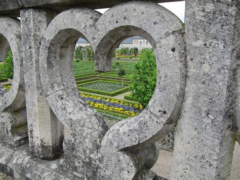 garden  love  chateau de villandry  romantic