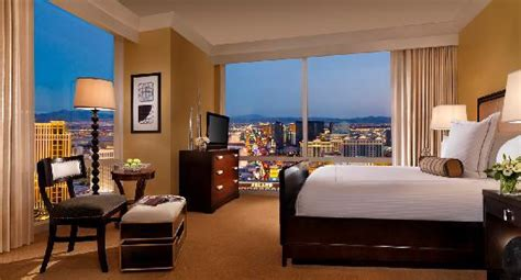 best one bedroom suites in las vegas trump international hotel las vegas 100 1 5 9