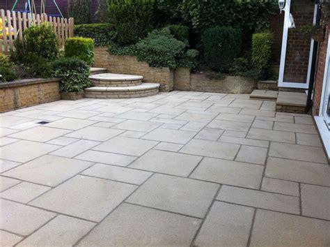 Marshalls Patio Paving by Saxon Textured Garden Paving Marshalls Co Uk