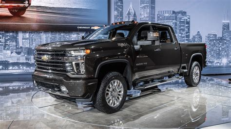 2020 chevrolet truck images 2020 chevrolet silverado hd debuts big time max towing