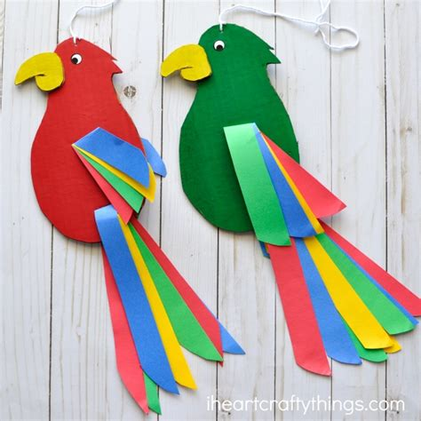How To Make Parrot With Craft Paper - colorful and twirling parrot craft i crafty things