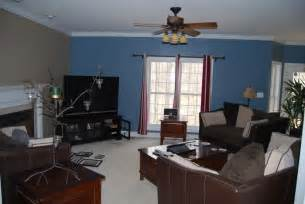 blue and brown livingroom for the home