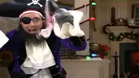 el pirata de las 849415964x ytph parche el pirata sufre de amnesia y perversi 243 n moral youtube