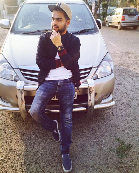 akhil punjbisingerphotos akhil pasreja punjabi singer wiki bio age profile