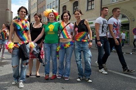 lesbian in this bus lesbi di biss gay munich and lesbian munich info and events