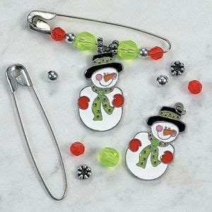 bead and safety pin craft projects safety pin pinterest