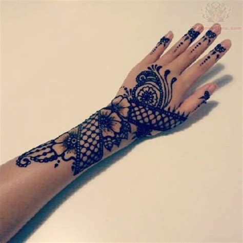 tattoo hand pattern paisley pattern tattoo images designs