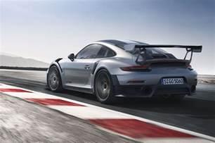 Porsche Gt2 Rs 2018 Porsche 911 Gt2 Rs Delivers 700 Hp Motor Trend