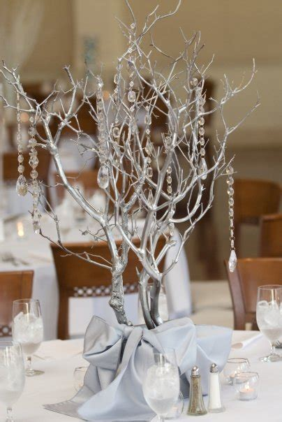 Holiday and Winter Wonderland Themed Wedding Table Designs