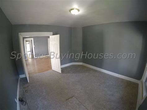 we buy any house we buy any houses indianapolis living room spouses buying houses