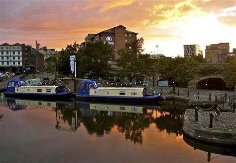 house boat hotel houseboat hotels sheffield uk booking com